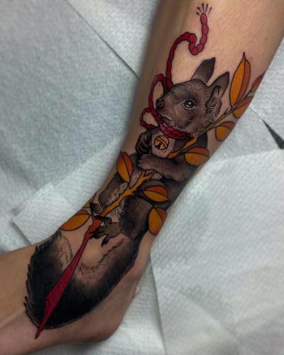 Neotraditional-Color-Tattoo-Squirrel-Bodine-Ester-Abramov-Amsterdam