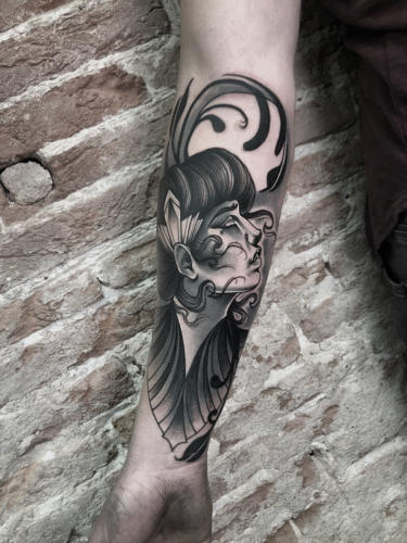 Art-deco-tattoo-amsterdam-tattooshop