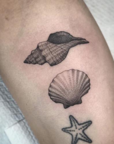Bodine Ester Amsterdam Fineline Tattoo 17