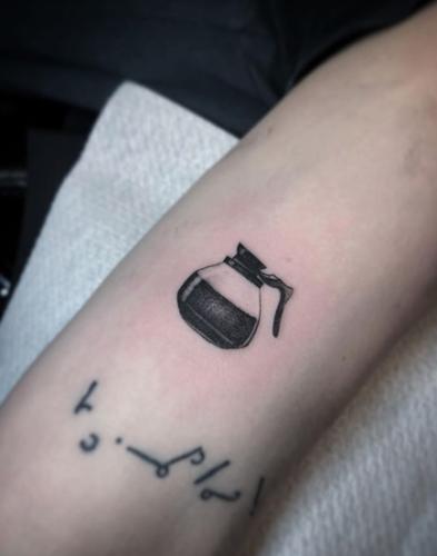 Bodine Ester Amsterdam Fineline Tattoo 8