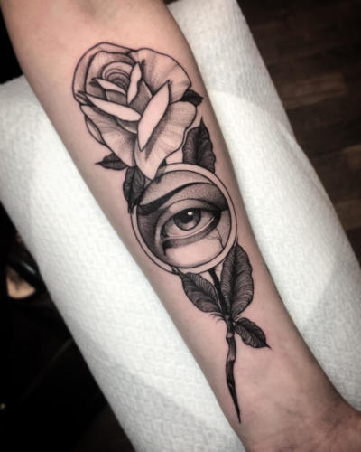 Fineline-eye-tattoo-amsterdam-rosetattoo-tattooshop