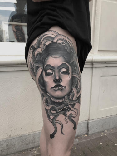 Medusa-tattoo-amsterdam-tattooshop